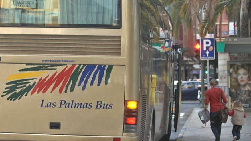 Desconvocado el paro del transporte escolar tras un acuerdo con Educación