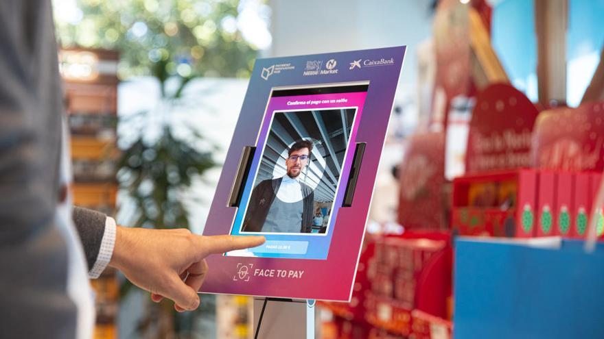 Llega el primer supermercado de España en el que compras 'por la cara'