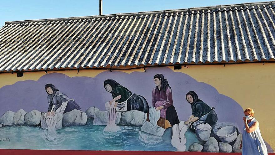 Bermillo de Sayago inmortaliza la memoria del antropólogo José María Arguedas con un mural