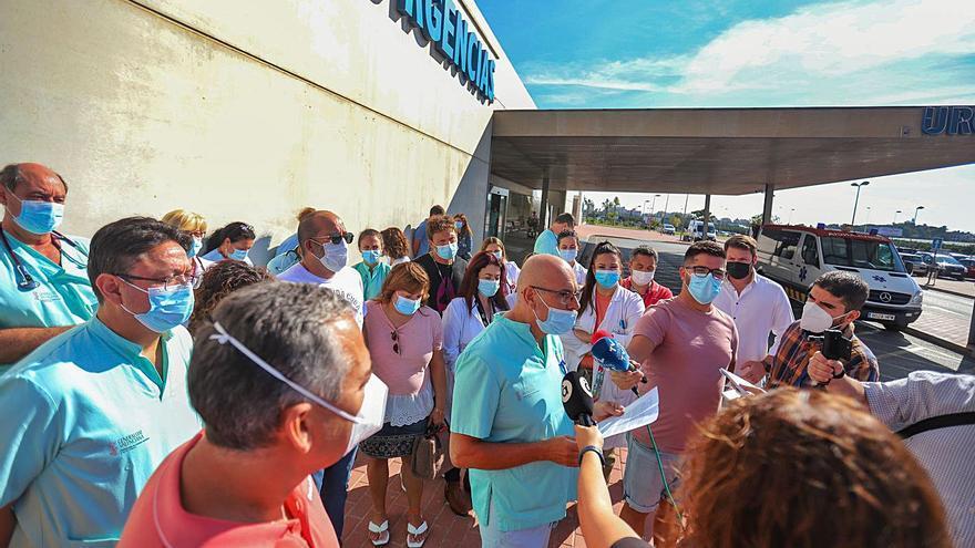 Ribera contrató en Torrevieja a 60 médicos sin MIR que Sanidad no puede hacer fijos