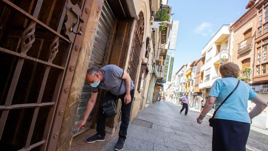 Castilla y León cierra el interior de la hostelería en las zonas con riesgo extremo