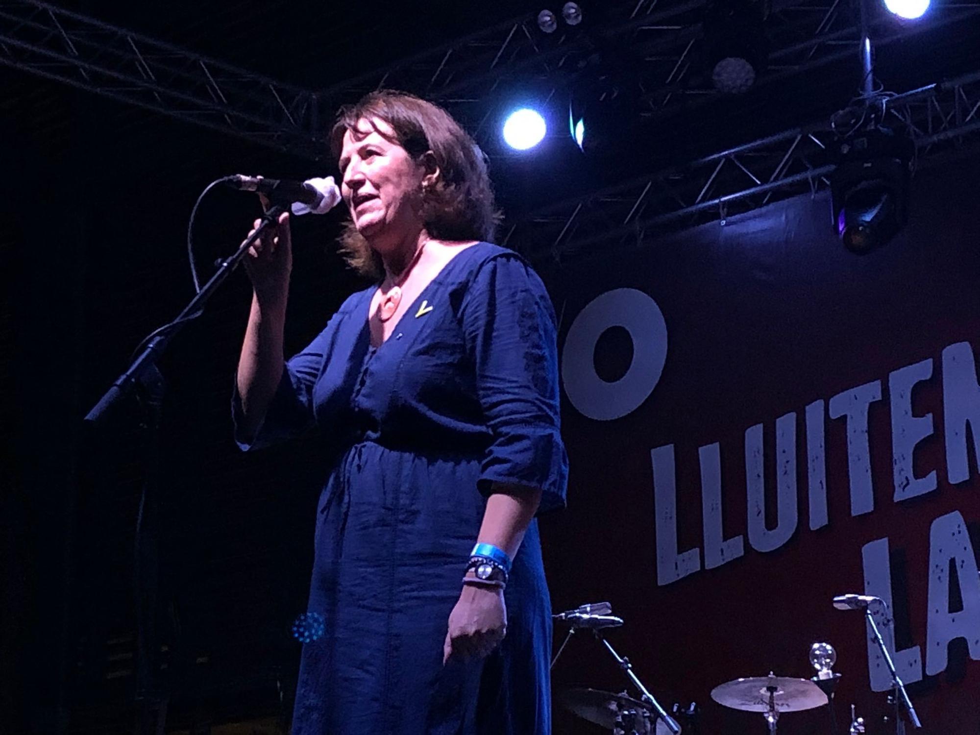 Ginestà i Xavi Sarrià actuen a la plaça Catalunya