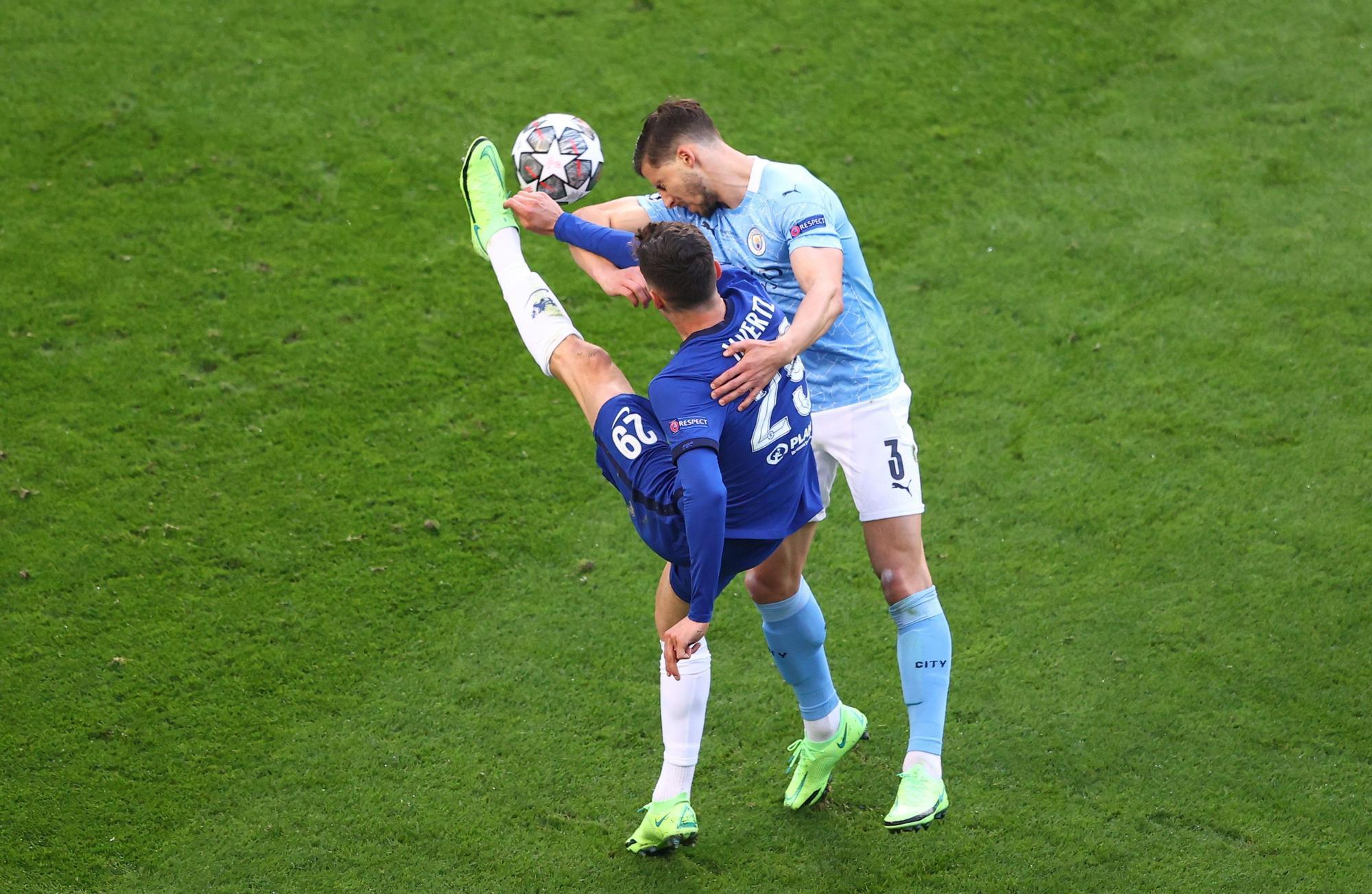 Manchester City vs C (112953404).jpg