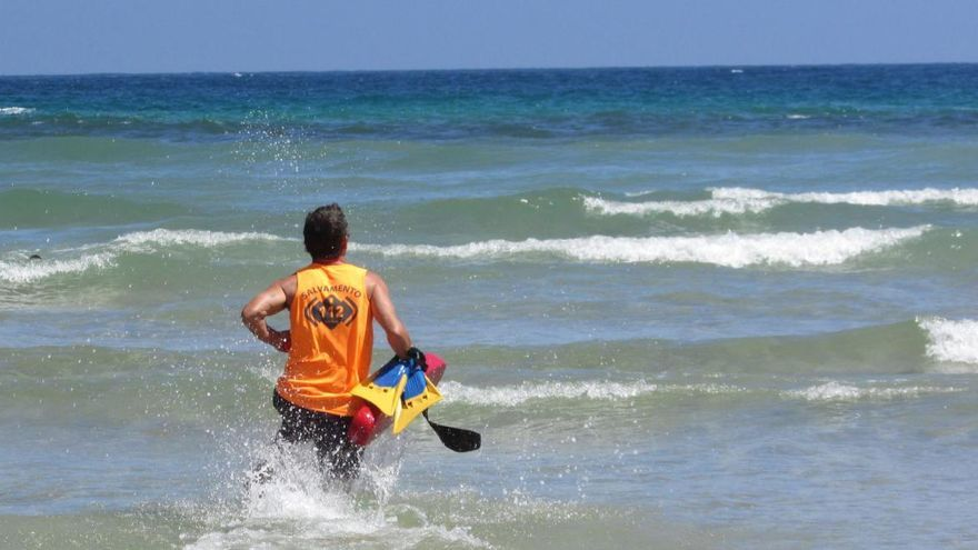 Fallece un donostiarra de 70 años en la playa de La Franca