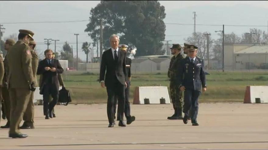 VÍDEO / Ya está en España el cuerpo del soldado Francisco Javier Soria