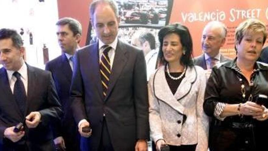 """""""El trabajo de Álvaro Pérez era acercar a Camps, un hombre distante y poco conocido, a los valencianos"""""""