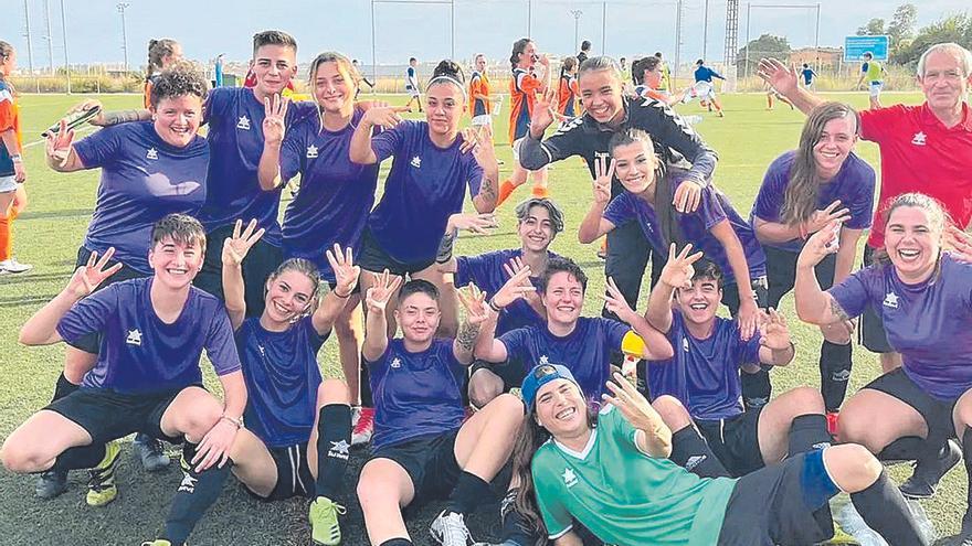 Las jugadoras del CF Fadrí: a hacerse 'fadrines' en el debut