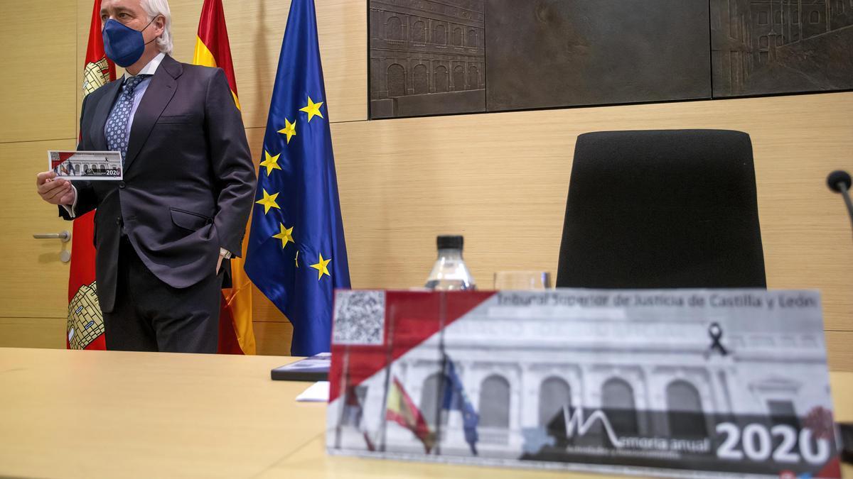 El presidente del TSJCyL, José Luis Concepción, durante la presentación de la Memoria Anual de actividades ayer en Burgos.