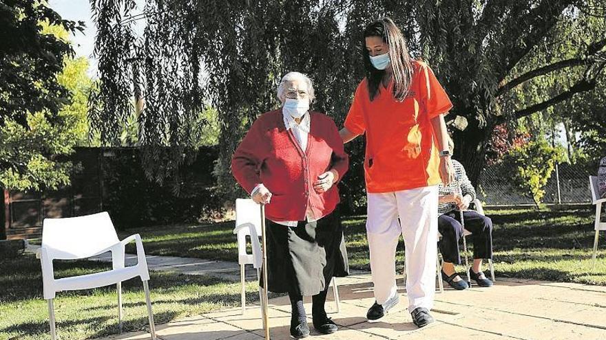 CCOO Aragón alerta de un aumento del consumo de medicamentos entre las trabajadoras de residencias de mayores
