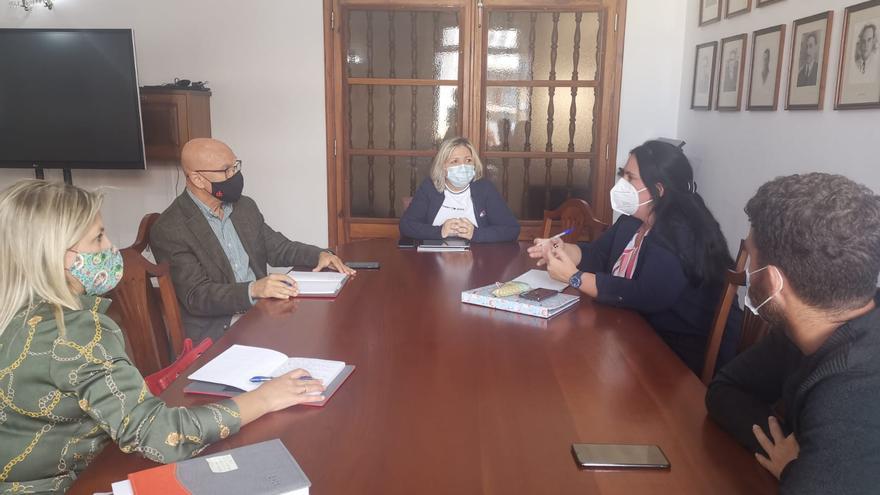 El Diputado del Común media en el conflicto por los apagones en Buenavista y Los Silos