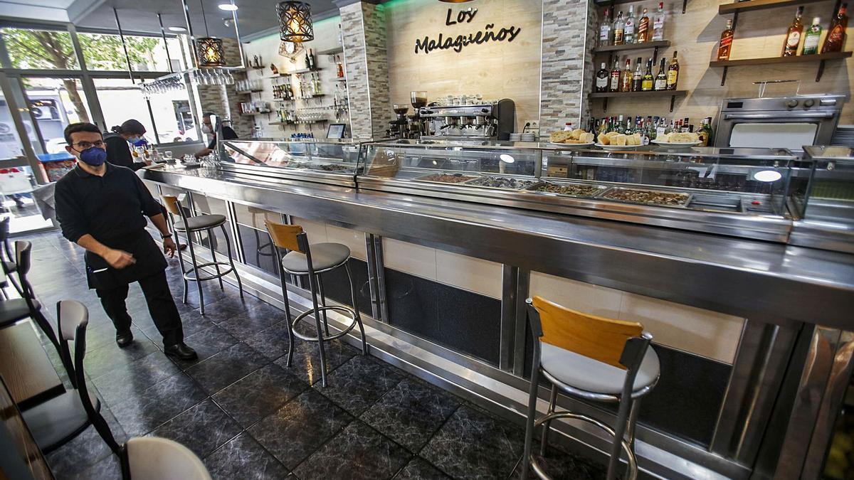 Los bares asumen las restricciones como otra «adaptación forzosa»
