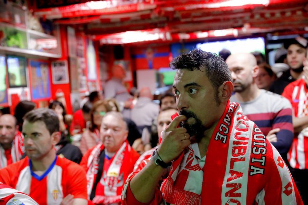 Derbi asturiano: Aficionados del Sporting viviendo el partido