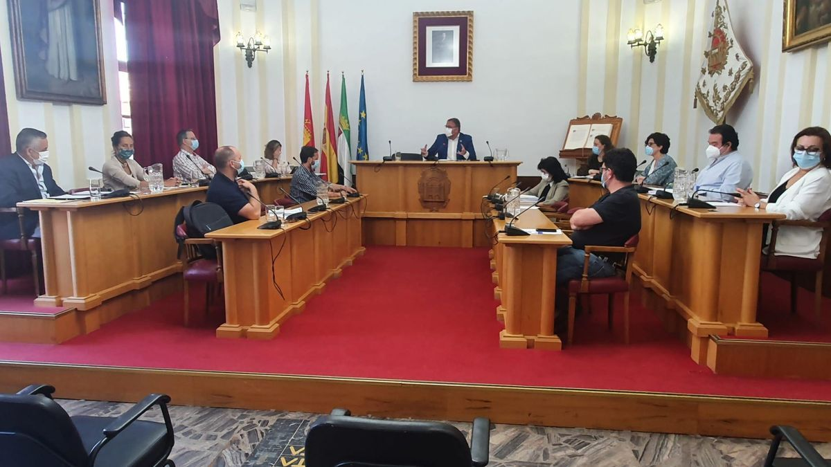 El pleno del Ayuntamiento de Mérida.