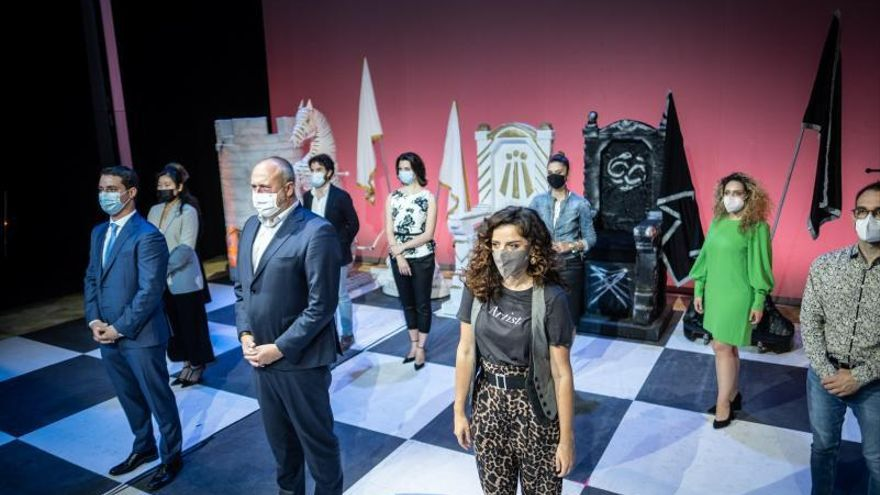 Auditorio se convierte en un gran tablero de ajedrez con la ópera familiar 'Rinaldo'