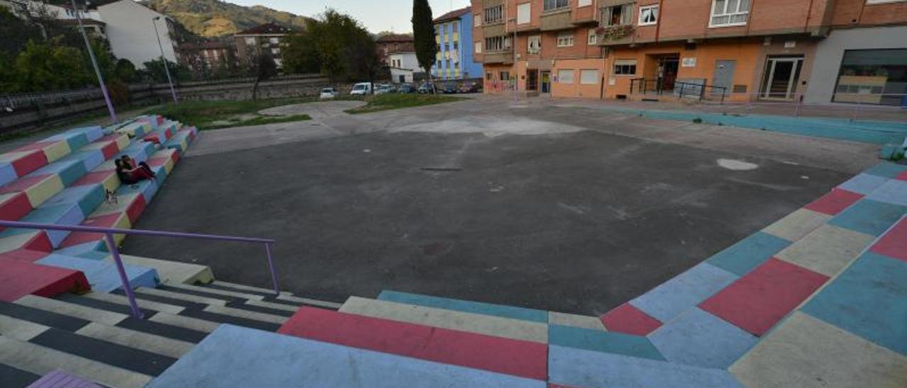 Los terrenos donde se ubicará el centro de salud de Pola de Lena.