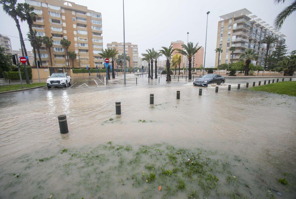 Destrozos de la gota fría en la provincia de Alicante.