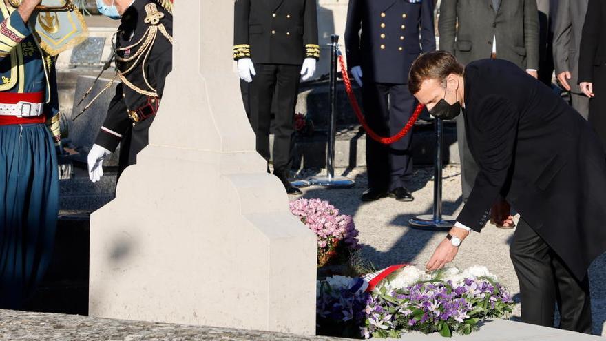 Macron homenajea a De Gaulle en el 50 aniversario de su muerte
