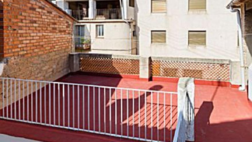 90.000 € Venta de casa en Palma de Gandía 160 m2, 5 habitaciones, 2 baños, 563 €/m2...