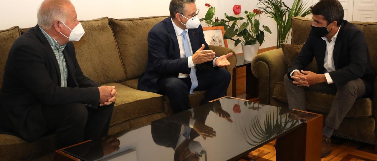 el presidente de Uepal junto al de la Diputación
