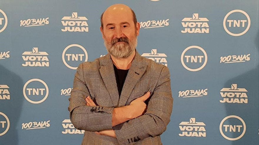Javier Cámara salta a la política en 'Vota Juan'