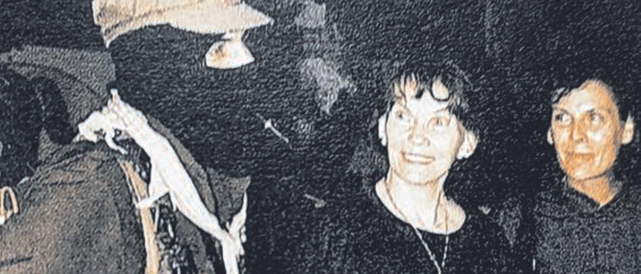 Danielle Mitterrand con el subcomandante Marcos, en Chiapas en los 90.