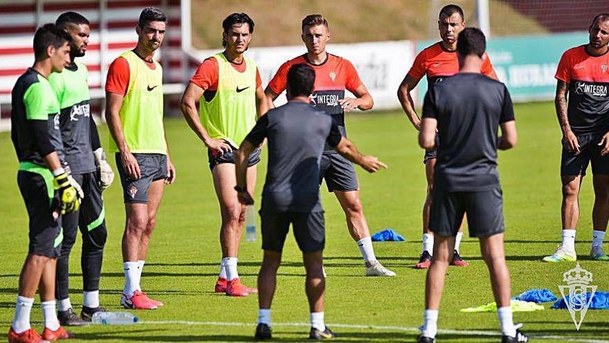 La Ponferradina prueba hoy al Sporting en el segundo amistoso
