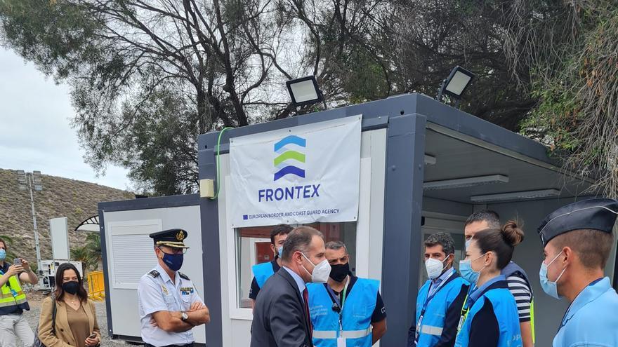 El director de Frontex visita las instalaciones de Barranco Seco