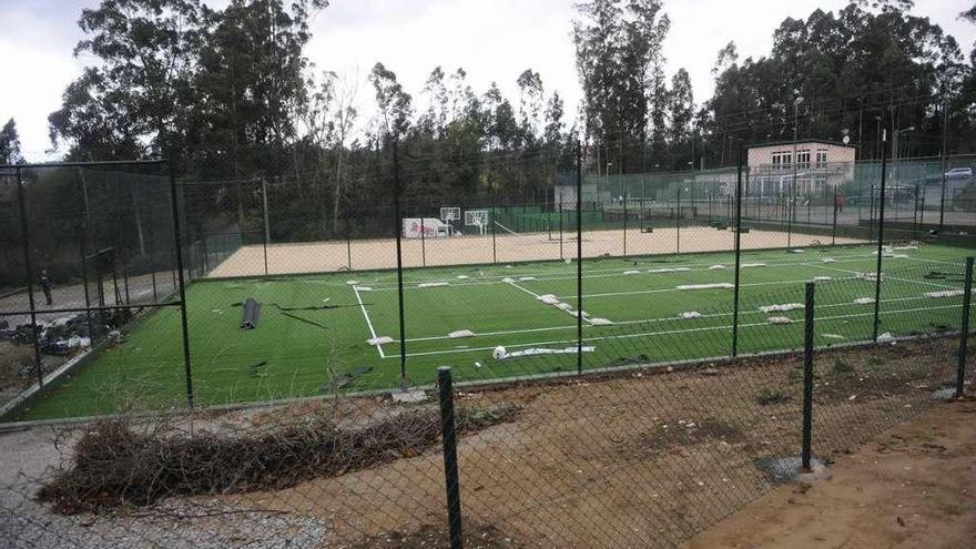 El Superior rechaza legalizar las obras del club de tenis de A Pedralba en Bergondo