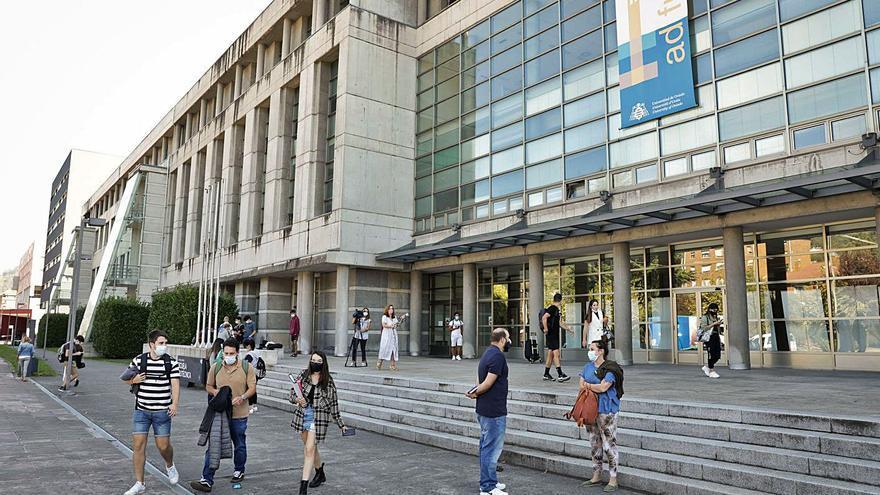 La Universidad invertirá 4 millones para consolidar la investigación en el campus