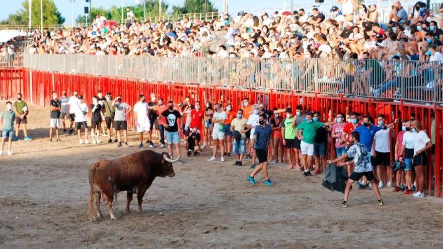 El segundo día de toros en Burriana congrega a más de 2.000 aficionados
