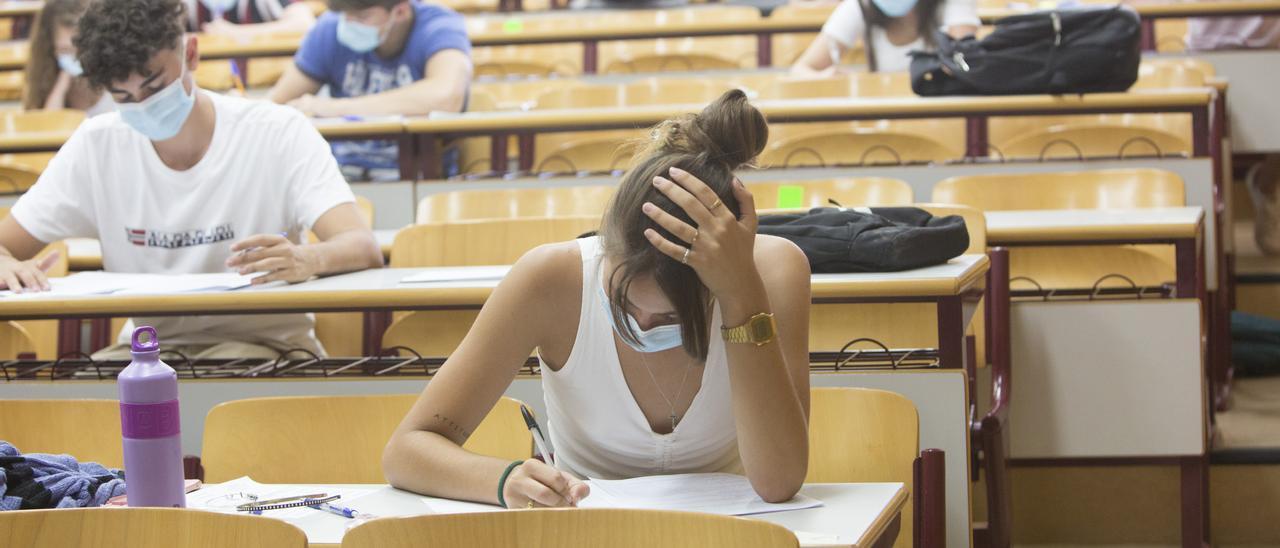 Pruebas de selectividad en la Universidad de Alicante el pasado 6 de julio