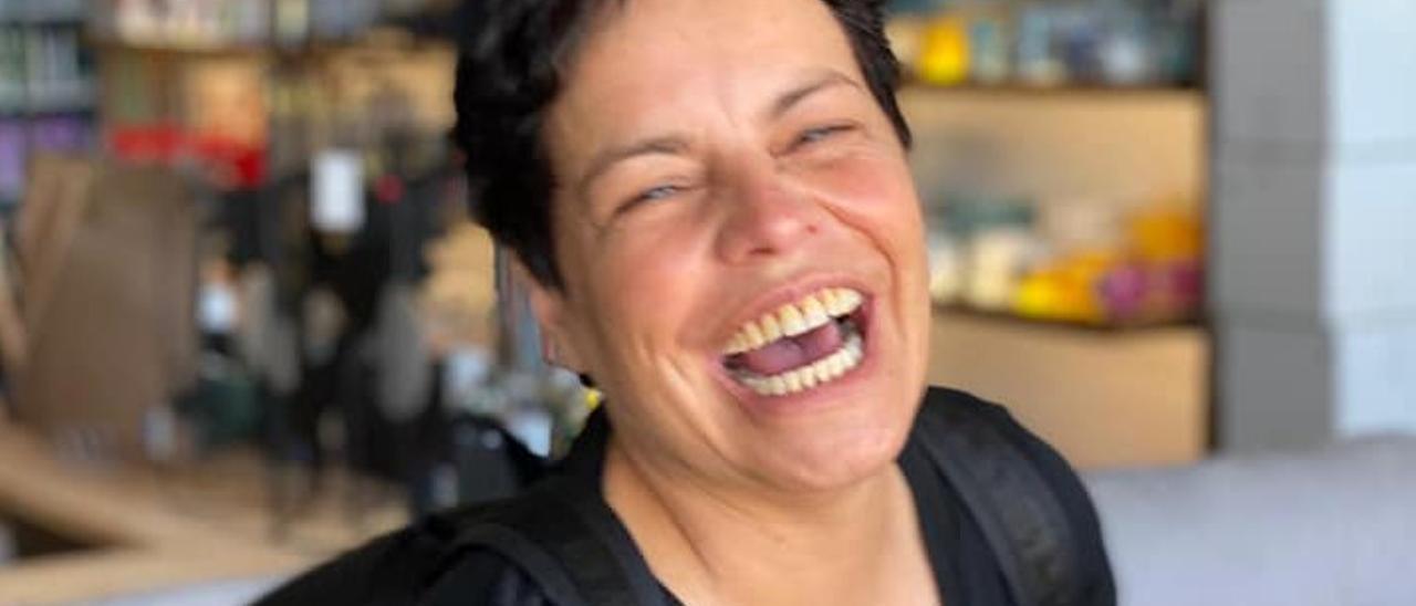 La artista Ada Ares, afincada en Gandia, que realizará el Camino de Santiago