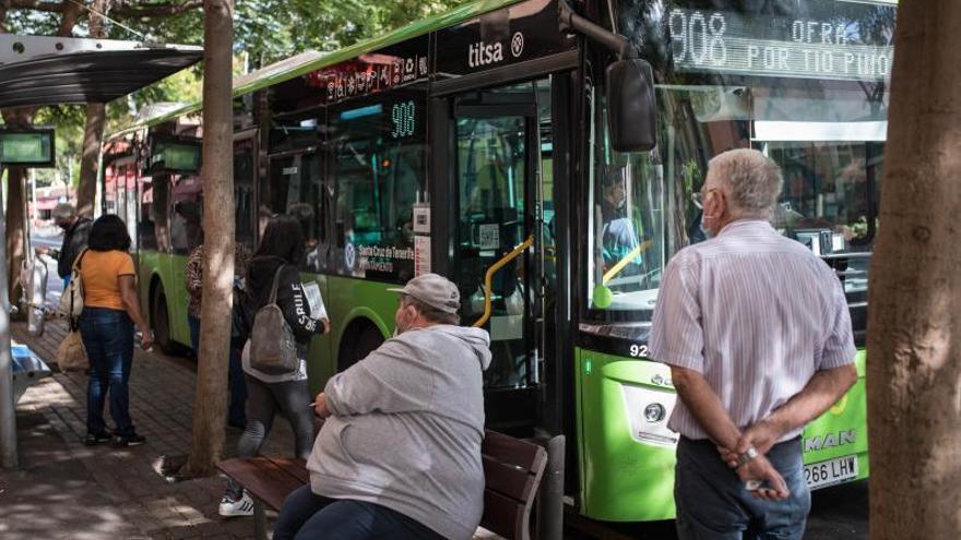 Bonos de transporte por 200.000 euros para personas en exclusión