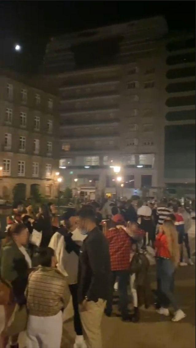 La Plaza de Portugal volvió a acoger un botellón varios meses después /