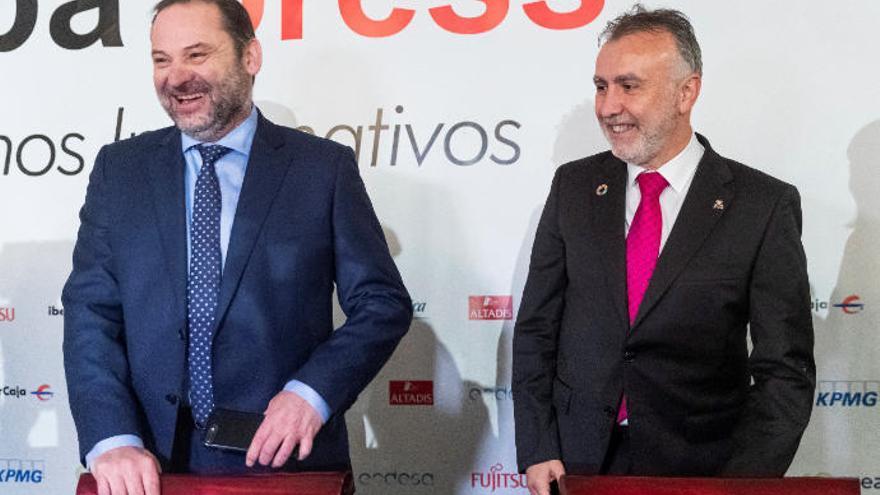 """Torres ve el actual Gobierno canario como """"ejemplo"""" extrapolable a España"""
