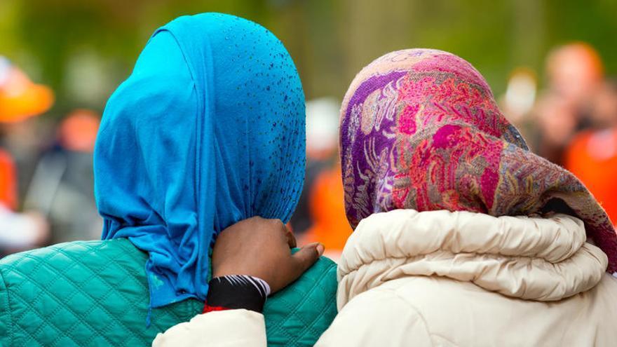 Madrid permite a los colegios prohibir el velo islámico