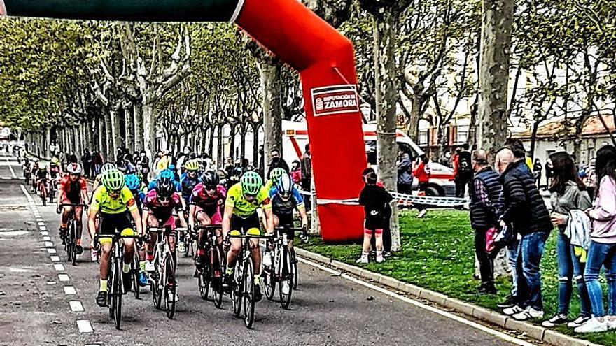 Ciclismo en Zamora | El Trofeo de San José Obrero bate su récord de participación
