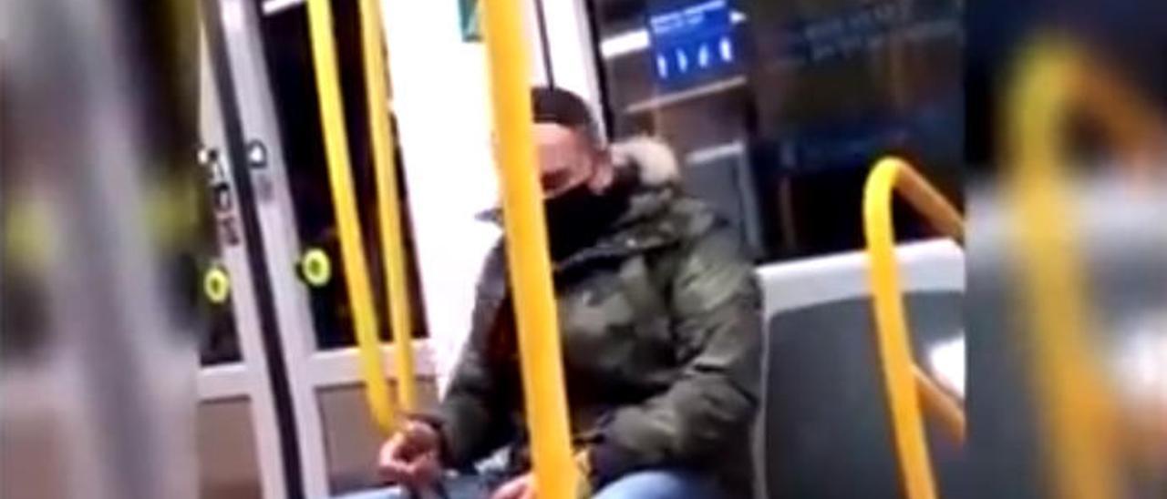 Una imagen del vídeo difundido por la Policía.