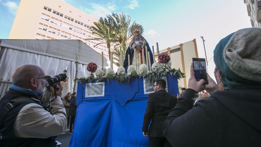 El obispo decreta la disolución de una hermandad de la Semana Santa de Alicante