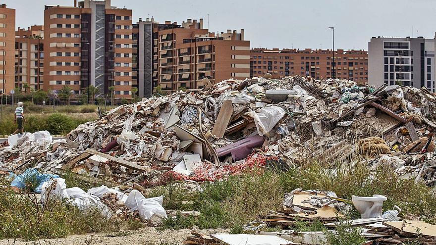 Urbanizaciones con vistas a una escombrera