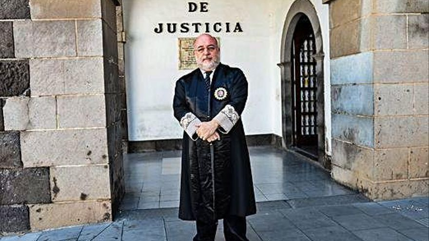 Arcadio Díaz Tejera sustituye a Victoria Rosell en el Juzgado de Instrucción número 8