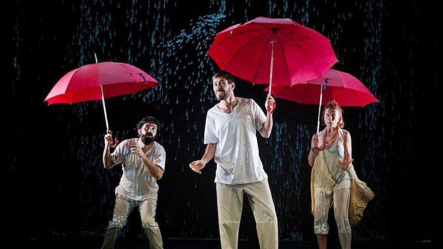 Danza y fantasía con el espectáculo 'Blowing' en las Pitiusas