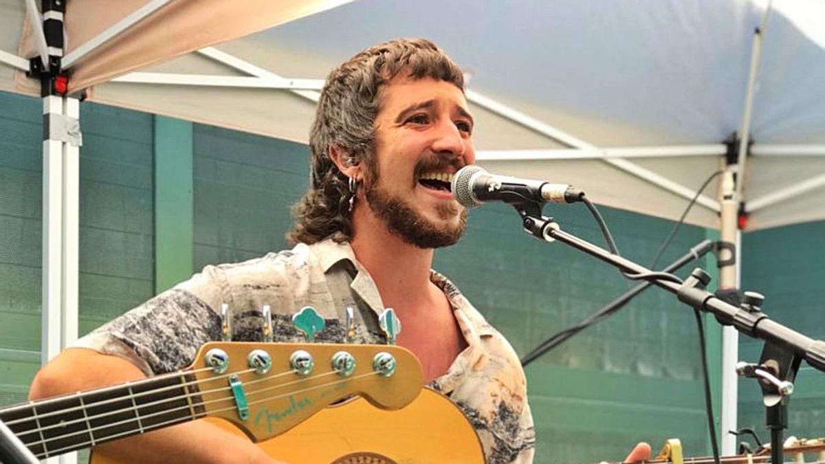 El cantautor granadino en su concierto en Zamora.