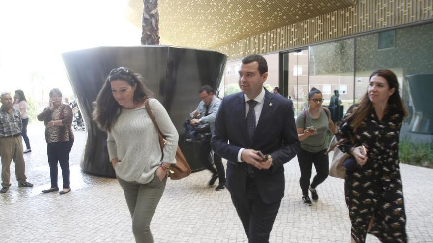 El alcalde de Priego asegura desconocer los hechos que se investigan