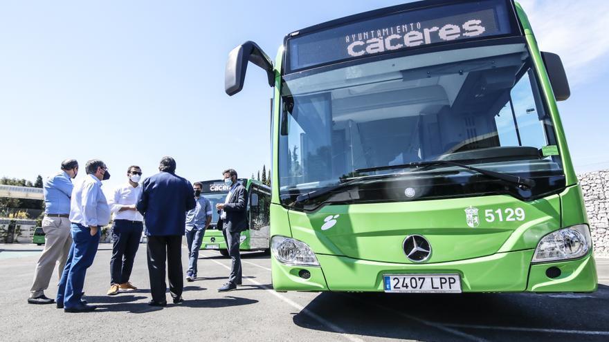 Hacienda ayuda al ayuntamiento a pagar el autobús