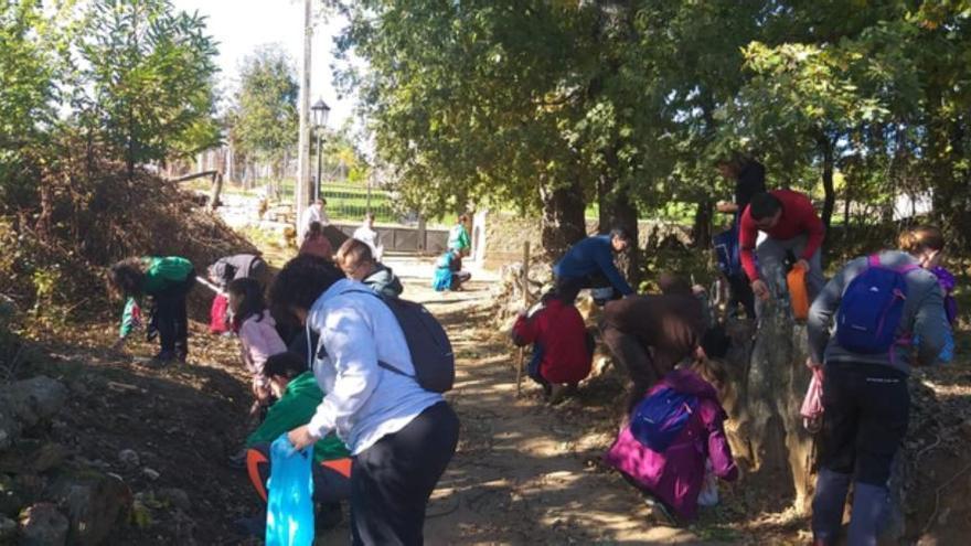 La Escuela Municipal de Deporte en la Naturaleza en Benavente acerca el medio natural a los niños y fomenta el trabajo en equipo