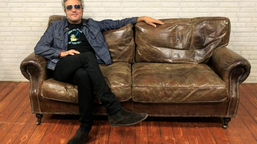 """Carlos Tarque: """"No quería quedarme en el sonido de rock retro"""""""