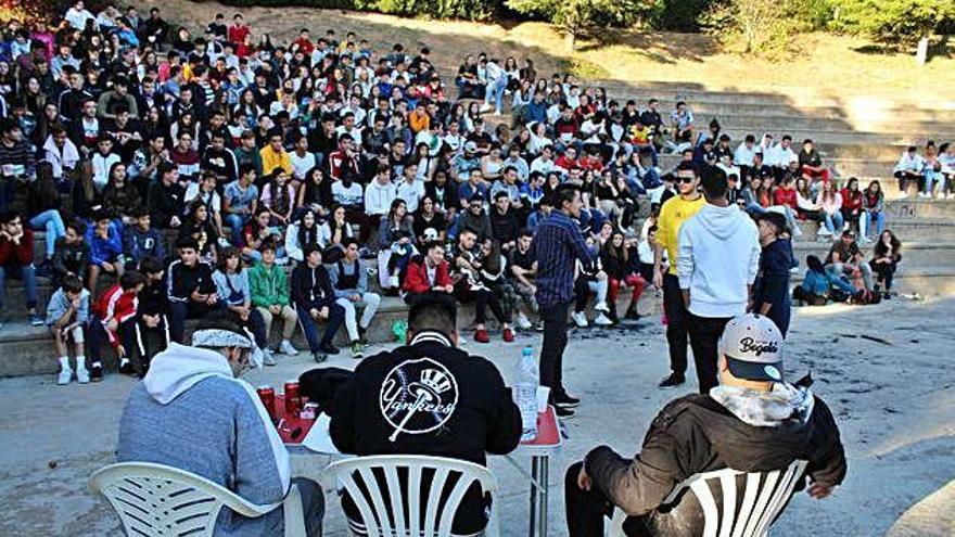 Les batalles de rap 'freestyle' arriben a Berga amb la voluntat de quedar-s'hi