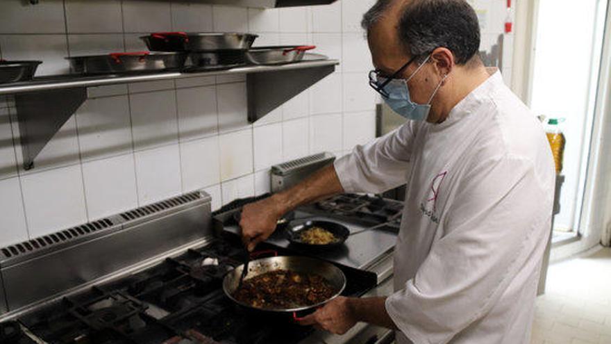 Els restauradors gironins critiquen la incertesa de les dates d'obertura i la manca de protocols