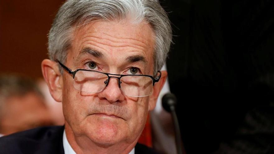 Powell descarta cambios inmediatos en las políticas de la FED pese al alza de la inflación